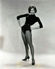 ICONIC MARY TYLER MOORE IN A BLACK DANCE SUIT 8X10 PUBLICITY PHOTO
