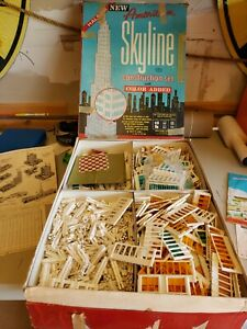 American Skyline Plastic Construction Set #96 Approximately 2110 pieces