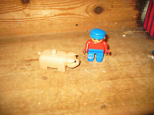 DUPLO LEGO PLAYFIGURE SITS STAND FARMER MAN ZOO PIG SPARE /REPLACEMENT FOR SETS