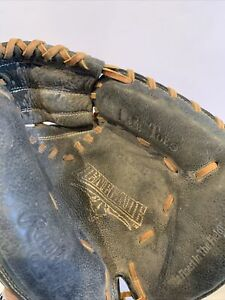 "Youth Rawlings Renegade RCMB 32"" Baseball Catchers Mitt Right Hand Throw"