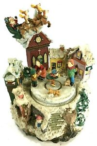 Christmas Wind Up Village Spin Center Santa w Reindeer Large Resin Figurines 7""