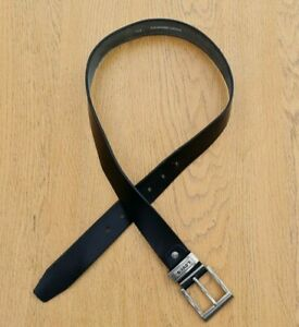 "Levi's Black Leather Belt Approx 30"" Waist"