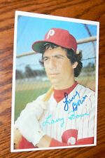 LARRY BOWA SIGNED AUTOGRAPHED PHILADELPHIA PHILLIES 5 X 7 1980 TOPPS OVERSIZE