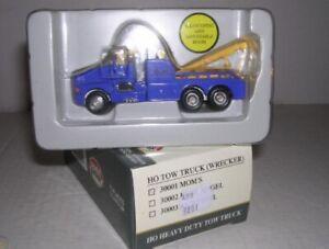 Model Power 30001 HO Blue Tow Truck Mom's