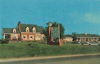 Postcard Copper Lamp Motel Winchester Virginia