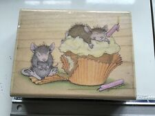 HOUSEMOUSE BIRTHDAY CUPCAKE WOODEN BACKED RUBBER STAMP USED HOUSE MOUSE
