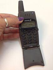 Vintage Cell Phone Ericsson T28 ** UNLOCKED ** WORKS!!