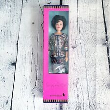 1991 Mattel Singapore Airlines Singapore Girl NIB Genuine Barbie Doll Travel