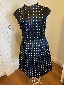 cue dress 10
