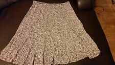 AXCESS (LIZ CLAIBOME) WOMENS S SMALL KNEE SKIRT MULTI COLOR