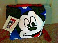 Disney Mickey Mouse Beach Towel and Tote Set  NWT