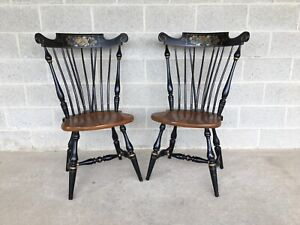 ETHAN ALLEN HITCHCOCK STYLE WINDSOR BRACE BACK SIDE CHAIRS (14-6272) - A PAIR