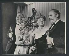 Original 1966 Oscars Press Photo  With Julie Christie Shelley Winters Lee Marvin