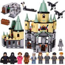 Castello harry potter hogwarts 1033 pezzi 3D con personaggi scuola di magia