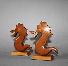 2 Seepferdchen / Regaldeko, teak, 60er