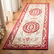 "Safavieh Hand Hooked BURGUNDY / IVORY Easy Care Runner 2'-6"" x 10'"