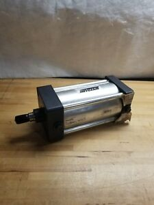 """4"""" Bore Double Acting Air Cylinder 5.5"""" Stroke SPEEDAIRE 5VLL0"""