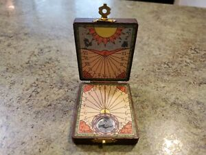 Vintage Small Wood Pocket Folding SUNDIAL Made in Spain with Compass