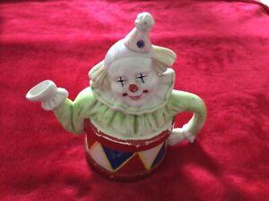 decorative ornamental clown 8x8 inch teapot