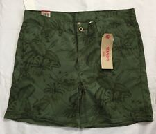 Levis Classic Short Size 10 / 30 Green Palm Trees Mid Rise Cotton Casual NWT