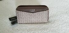GUESS  CLASSIC DOUBLE ZIP AROUND WALLET HAND BAG Brown