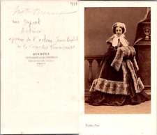 Disdéri, Paris, Théâtre, actrice, la comédienne Melle Bressant en manteau de fou
