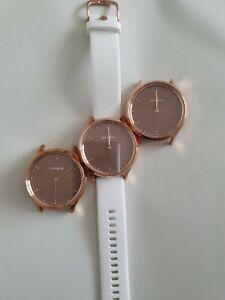 Garmin Vivomove HR Premium Hybrid Smartwatch White and Rose Gold