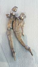 Ancien rare casse noix, noisette en bronze,couple entrelacé et articulé -