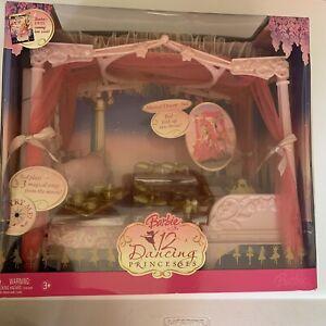 Barbie in the 12 Dancing Princesses Musical Dream Bed Throne NIB 2006