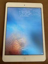 Apple iPad mini 1st Gen. 16GB, Wi-Fi, 7.9in - White & Silver Slightly Faulty