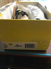 NEW IN BOX CIRCA JOAN & DAVID CJXYLA BLACK PA SIZE US 6.5 M SANDALS
