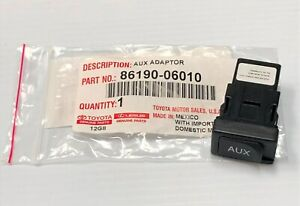 LEXUS OEM FACTORY AUX AUXILIARY STEREO JACK ADAPTER 2007-2012 LS460