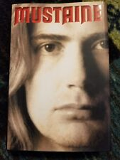Signed Dave Mustaine book, Mustaine