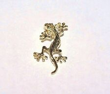 12mm Hawaiian Solid 14k Yellow Gold Textured Diamond-Cut DC Gecko Lizard Pendant