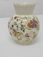 Zsolnay Pecs Hungary Porzellan-Vase  Butterfly