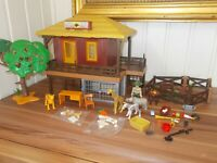 Playmobil - 4826 - Jeu de construction - Centre de soins pour animaux sauvages