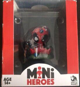 Deadpool Mini Heros Gentle Giant 01 Series Animated Figure