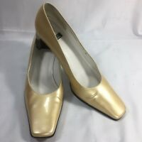 Stuart Weitzman Size 7 B Gold Patent Leather Heels Square Toe Pumps Shoes
