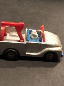 Vintage 1958 Aviva Tow Truck Wrecker # C23 Die Cast Japan Missing Snoopys Head