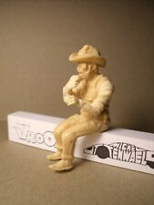 FIGURINE  1/24  GEORGE  US  TRUCK  DRIVER  VROOM  FOR  AMT  FRANKLIN  MAQMADON