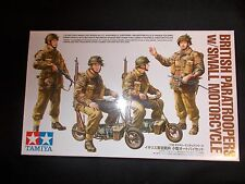 TAMIYA MILITRY MINIATURES BRITISH PARATROOPERS W/SMALL MOTORCYCLE