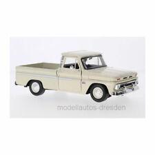 Motormax 73355 Chevrolet C10 Fleetside Pick Up hellbeige BJ 1966 1:24 NEU!°