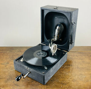 Antique Vintage Decca Junior Gramophone Wind Up Portable Record Player 78rpm