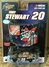 WINNER'S CIRCLE #20 TONY STEWART HOME DEPOT 2007 HOLIDAY HOOD MAGNET SERIES 1/64