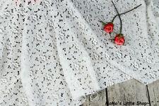 """Crema/Avorio Foglia di fiore uncinetto cotone stretch non tessuto di pizzo 57"""" (larghezza) - 1/2 M"""
