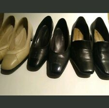 """Naturalizer woman shoes lot size 6.5 Leather Preowned Lot of 3 pairs 1"""" low heel"""