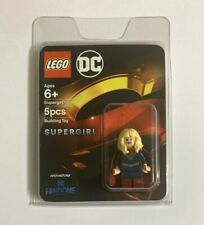 Lego 2020 SDCC DC Super Heroes Fandome Exclusive Supergirl Mini Figurine In Hand