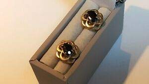 9CT GOLD & SAPPHIRE  STUD  EARRINGS. CLASSIC STYLE. 1.30 g    ref:xB0d