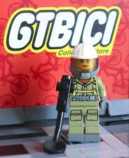 LEGO CITY  MINIFIGURA  `` VOLCANO EXPLORER FEMALE ´´ Ref 60120 ORIGINAL LEGO