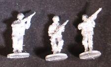 SHQ UM02C 1/76 Diecast WWII US Marines Riflemen-Three Moving, no Helmet Covers
